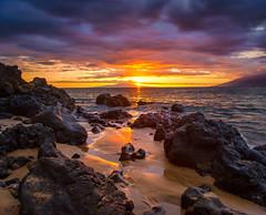 It's That Time Again (mojo2u) Tags: ocean sunset beach hawaii maui wailea nikon2470mm nikond700