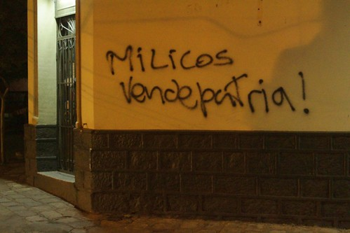 """""""Milicos vendepátria"""" em Chilecito"""