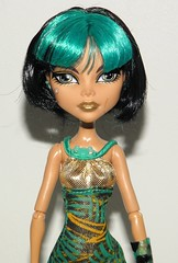 Skull Shores Cleo de Nile (~Ravie) Tags: dolls target exclusive mattel monsterhigh cleodenile skullshores
