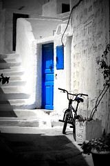 indigo blue (volkan.andac) Tags: door city blue white color canon way doors indigo santorini greece beyaz yunanistan megalochori k indigoblue