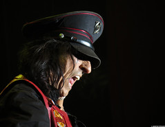20120808_33 Alice Cooper at Liseberg | Gothenburg, Sweden (ratexla) Tags: show life people musician music man men guy celebrity rock musicians gteborg person concert europe artist tour rockstar sweden earth live famous gothenburg gig performance guys dude entertainment human liseberg artists rockroll horror shock celebrities sverige celebs rocknroll musik dudes scandinavia celeb humans scandinavian konsert 2012 alicecooper goteborg tellus homosapiens organism storascenen photophotospicturepicturesimageimagesfotofotonbildbilder notintheeternityset canonpowershotsx40hs 8aug2012