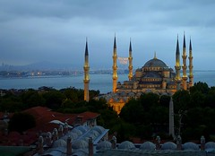 The Blue mosque in Istanbul, Turkey (Frans.Sellies (off for a while)) Tags: world heritage turkey de la site trkiye istanbul mosque unescoworldheritagesite unesco worldheritagesite turquie trkei list bluemosque unescoworldheritage istambul turkije turquia sultanahmet sites worldheritage weltkulturerbe whs estambul mosque camii turchia humanidad  moskee sultanahmetcamii turkei worldheritagelist welterbe moschee kulturerbe  stambul patrimoniodelahumanidad istanboel heritagesite unescowhs   ph717 patrimoinemondial  werelderfgoed vrldsarv   heritagelist werelderfgoedlijst       patriomonio p1380390