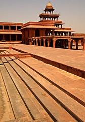 Fatehpur Sikri Palace 124 (David OMalley) Tags: india muslim islam agra palace mosque pilgrimage akbar masjid allah islamic pradesh fatehpur sikri muhammed uttar jama darwaza buland sikari vijaypur