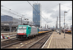 NMBS 2803 - 9212 (Spoorpunt.nl) Tags: station 22 gare bruxelles mei midi brussel trein zuid traxx benelux 2016 nmbs 2803 9212