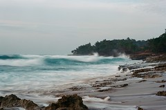 Waves (GOJR.) Tags: seascape landscape nikonfm2n 135mm analog 10stop ndfilter beach puertorico aguadilla film kodakektar100 nikkor50mmf14ais