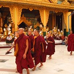 "Monks at Shwedagon Paya <a style=""margin-left:10px; font-size:0.8em;"" href=""http://www.flickr.com/photos/14315427@N00/7067045701/"" target=""_blank"">@flickr</a>"