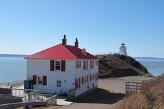 Lightkeeper's home, Cape Enrage, New Brunswick, Canada (JarvisEye) Tags: lighthouse house canada home newbrunswick cape fundy headland keeper lightkeeper capeenrage