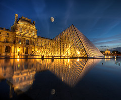 Moon over the Louvre (edwademd) Tags: paris pyramid moonrise thelouvre