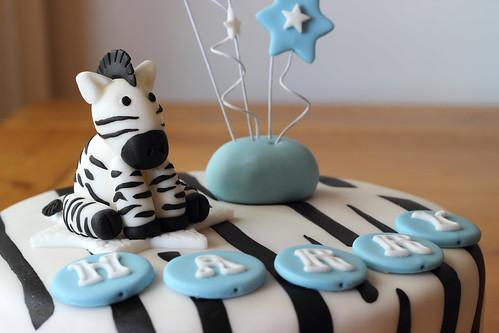Zebra Cake (cake-escape.co.uk)