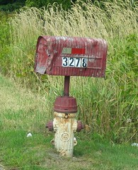 3278 Hot-Mail (~ Blu ~) Tags: red mailbox hydrant mail blu rusty tc battered 3278