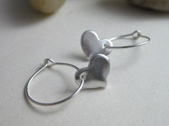 Sweetheart Earrings (madison house designs) Tags: hoop heart recycled handmade etsy ecofriendly 999 hoopearrings pmc sterlingsilver puresilver heartearrings finesilver hearthoopearrings recycledsilver reclaimedsilver madisonhousedesigns