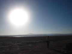 Magnificiencia (Gonzalo Balboa) Tags: sky sun sol atardecer dia cielo atacama desierto salar sal sanpedro calor tierra salardeatacama ojosdelsalar