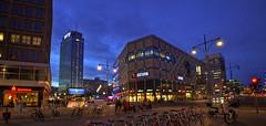 Die Mitte (tom_stromer) Tags: park berlin germany deutschland lights inn die nightshot alexanderplatz fernsehturm saturn alexa mitte sparkasse nachtaufnahme grunerstrase alexanderstrase behrensbauten
