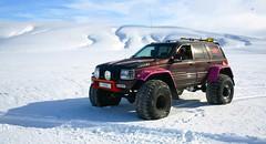 Monster JEEP (Brynja Eldon) Tags: iceland team inch jeep grand racing cherokee v8 44 sland 52 weels kisi landmannahellir landmannalei dmadalur tommur maxxxis