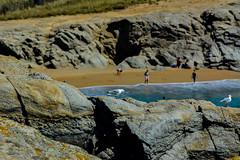 DSC_0023 (FlipperOo) Tags: voyage sea mer france color st rock port de nikon pierre vagues plage morbihan blanc roche arche quiberon instagramapp