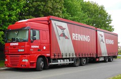 "DAF XF 105.410  et remorque Tautliner ""REINING"" (H et NL) (xavnco2) Tags: red france truck rouge lorry camion trucks trailer picardie daf lkw somme xf autocarro remorque longueau drawbar tautliner xf105 curtainside"