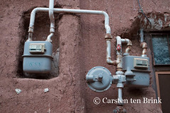 In the mid-brick village of Abyaneh - the old and the new (10b travelling) Tags: persian asia asien village iran middleeast utility persia gas adobe asie iranian meter abyaneh mudbrick 2014 neareast moyenorient naherosten mittlererosten tenbrink carstentenbrink westernasia mtkarkas iptcbasic 10btravelling