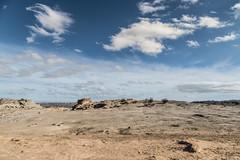 LUNA (Jhonny Peralta) Tags: photography fotografia lightroom paisaje canon canon5d shooting deviaje valledelaluna