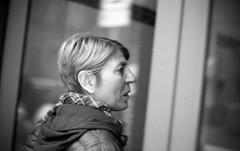 Leica M3-015.jpg (pietroferrarifotografie) Tags: leica bw film monochrome casa scanner famiglia persone m3 biancoenero interni giorno pellicola anlogico epsonv550