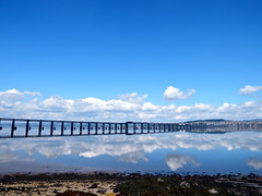 Fine weather (nz_willowherb) Tags: weather reflections scotland fife dundee calm estuary tay lowwater highpressure railbridge wormit