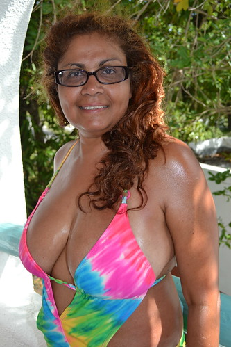 Raven (davidoforlando) Tags: braless bikini side boob legs