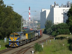 departing Botany (sth475) Tags: railroad autumn train diesel sydney railway loco australia container nsw locomotive rts botany freight qube emd intermodal goodsline cfcla rl302 rlclass vl355 gt26c vl351 avteq vlclass at36c