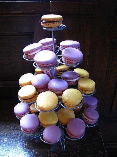 dessert buffet: French Macarons