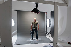 Mike Causer Setup (Photosmudger) Tags: lighting portrait muscles sport studio setup weightlifting fitness behindthescenes softbox reflector bowens