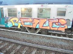 786 (en-ri) Tags: verde gelo train writing torino graffiti giallo crew reptiles arancione gelos