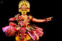 ottamthullal (Jamsheed Photography) Tags: ottamthullal classical dance facepaint dress fashion paint colors performance kerala traditional poetic chakyar koothu