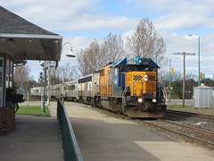 Southbound Northlander at Gravenhurst (Sean_Marshall) Tags: ontario station train railway passenger muskoka ontarionorthland gravenhurst northlander ontarionorthlandrailway