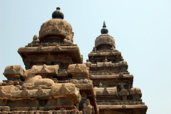 Shore temple, Mamallapuram (Tom Bradnock) Tags: india stone tamilnadu mahabalipuram vimana bradnock