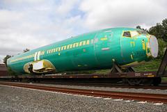 Ryanair Boeing 737-800 EI-EMP (b747-8) Tags: seattle railroad airplane washington aircraft railway trains airline boeing bnsf 737 boeing737800 737700 737900 seattlewashington bnsfrailwayboeing737