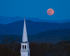Super Moon over Peacham (Mike Blanchette) Tags: usa moon church vermont dusk newengland fullmoon moonrise vt congregationalchurch peacham