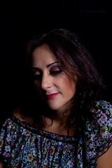 Suavidad (Jose Casielles) Tags: retrato sensual mirada iluminacion yecla tranquila iluminar sesión posar posado fotografíasjcasielles