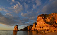 First light at Dona Ana (blinkingidiot) Tags: beach portugal easter lagos coastline algarve breathtaking praiadonaana