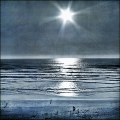 at the edge of this universe (1crzqbn~away) Tags: ocean blue sunset sun seascape square waves shadows textures denim duotone ie shining earthday deepavali hss vividimagination artdigital idream contemporaryartsociety innamoramento trolled memoriesbook awardtree artistictreasurechest daarklands magicunicornverybest magicunicornmasterpiece exoticimage 1crzqbn sliderssunday bestofshining 17522012 attheedgeofthisuniverse kurtpeiserexcellence