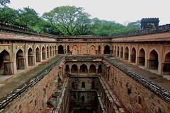 Rajon Ki Baoli | Delhi (Devesh Uba) Tags: delhi monsoon tombs qutubminar mehrauli mughalarchitecture mehrauliarcheologicalpark delhimonsoon