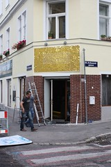 IMG_0586 (batur|media) Tags: sign ooh werbung batur sequin spangles tabela pul beschilderung paillette scalux innovativemedien