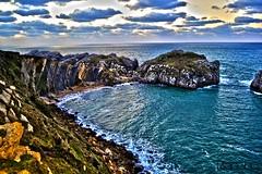 somocuevas (Luigi Soplete) Tags: playas cantabria liencres somocuevas