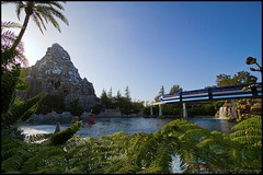 Monorail Monday - (Edition 42) (Coasterluver) Tags: disneyland disney submarine matterhorn monorail tomorrowland coasterluver