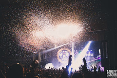 Foster the People (Ashley Osborn) Tags: photography concert livemusic confetti markfoster fosterthepeople ashleyosborn