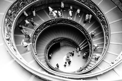 Spiral stairs of the Vatican Museums (Simon Teles) Tags: bw vatican rome stairs spiral musem