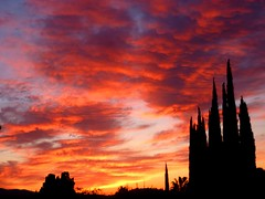 Firesky (Rebekah H. Photographie) Tags: sunset sky urban orange cloud sun weather silhouette skyline clouds landscape gold golden evening landscapes cityscape purple cloudy dusk