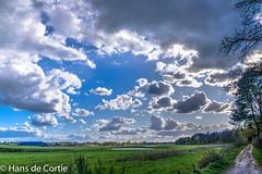 Voorjaar luchten (Hans de Cortie) Tags: horizon nederland wolken nl noordbrabant veldhoven wolk