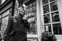 don't be scared, I'm an artist (Christophe.Frossard) Tags: street leica blackandwhite bw paris blancoynegro blackwhite 28mm streetphotography summilux schwarzweis leicaq