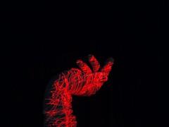 laser_pointer (sprottemotte) Tags: rot hand laser laserpointer lichtmalerei