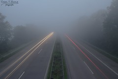 etwas Nebel (Tom.T.Bone) Tags: red green rot weather yellow fog canon eos iso100 haze highway nebel gray grau autobahn gelb f22 stm grn wetter 18mm f3556 18135 3556 apsc 18135mm 700d