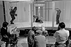 Billy Dee Williams films scene 385B in which Lando is strangled by Chewbacca, Take 7, April 19, 1979 (Tom Simpson) Tags: film vintage movie starwars behindthescenes chewbacca bespin landocalrissian cloudcity billydeewilliams petermayhew