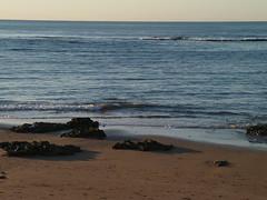 P1051367 (alejandravegamartn) Tags: paisaje landscape places lugares gran canaria las canteras playa beach human humano seor hombre teide mar oceano ocean instantes instants barco boad